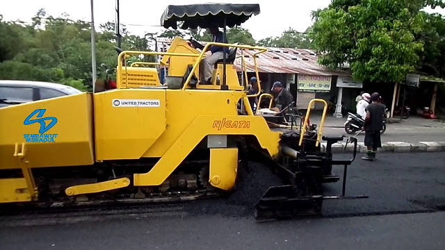 Sewa Excavator Kendal | Rental Asphalt Finisher Sewa Asphalt Finisher Murah